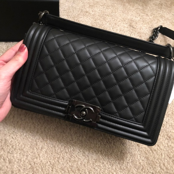 1ba499943313 Chanel So Black Le Boy Small
